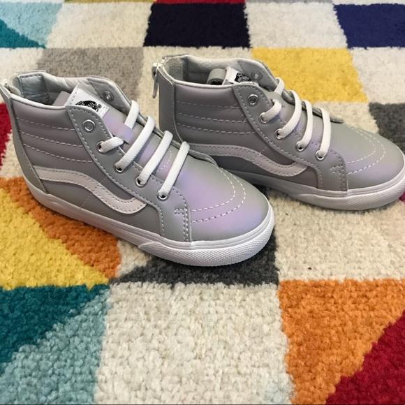 0a5ee45600 Kids Vans muted purple SK8-hi zips size toddler 10.  M 5b317a515c4452b8dfcfeb50